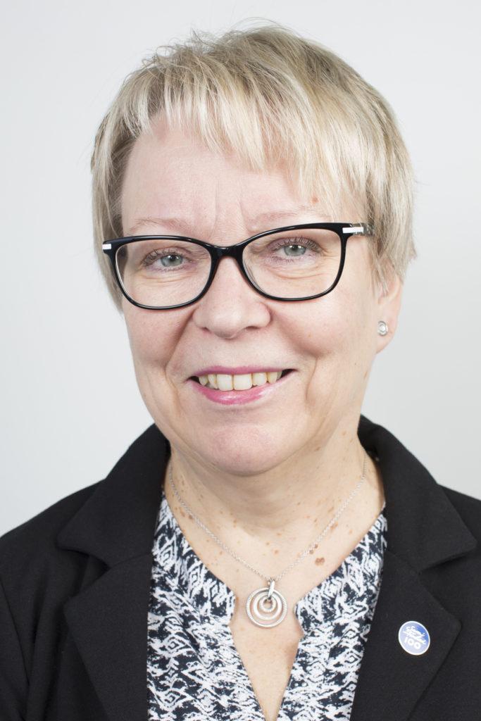 Kaupunginhallituksen 3. varapuheenjohtaja Ritva Sonntag