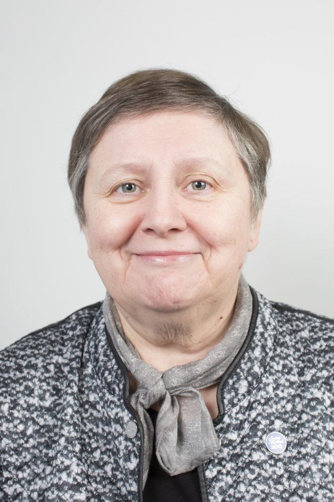 Kaupunginvaltuuston puheenjohtaja Teija Jestilä