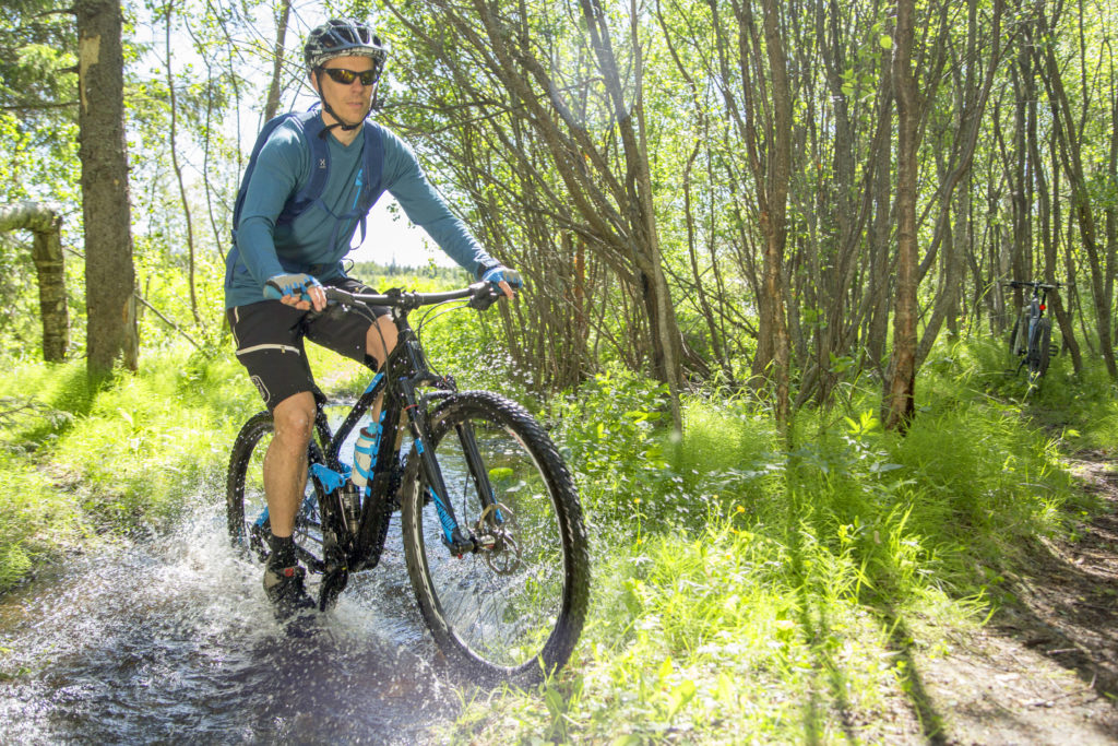 Biking routes extend to the woods in Kemi.