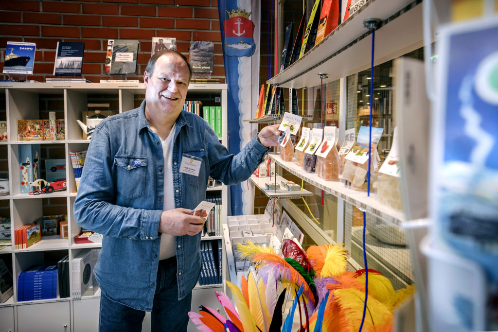 Lars Sohlman at the museum store.