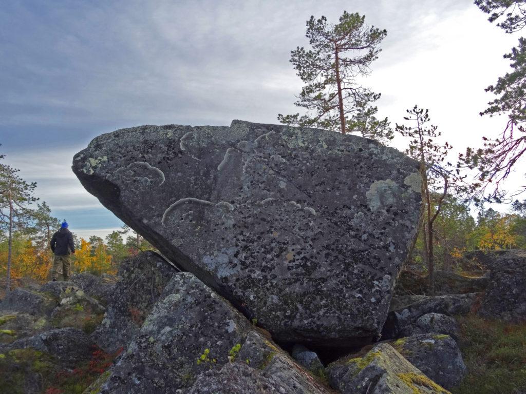 Kivijärkäle Kivaloiden vaaroilla.